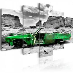 Billede - Green retro car...